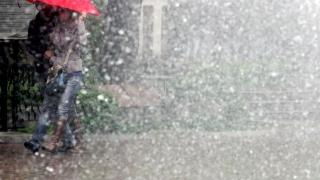 Любител синоптик прогнозира времето със собствена метеорологична станция