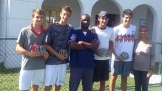 Българчета печелят турнир по тенис на Бахамите