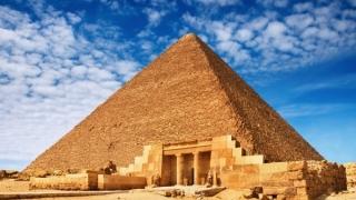 Затварят за реставрация Хеопсовата пирамида