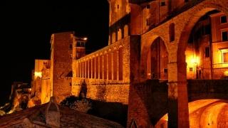 Питилиано – една нощна приказка за замъци