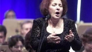 Александрина Милчева пее благотворително в Шумен