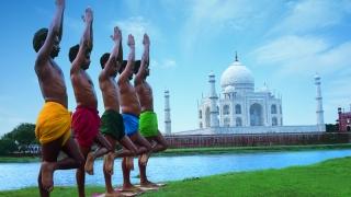 Индия ще осигури безплатни йога курсове за държавни служители