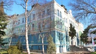 Стартират обучения по китайски език и култура във Варна