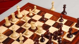 Варненец стана шампион по шах при 16-годишните
