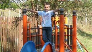 40 минути на ден на открито – инвестиция в детското зрение