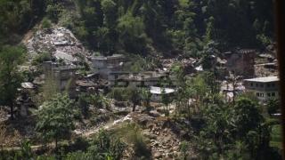Столетник оцелял 7 дни под развалините в Непал