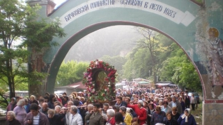 Асеновград отнесе чудотворната си икона до Бачковския манастир