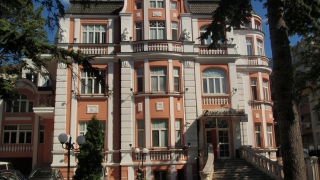 Безплатен тур до старите консулства на Варна