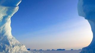 Ще превозват лед до разтапящата се Антарктида