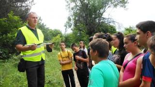 Ученици станаха горски инспектори за един ден