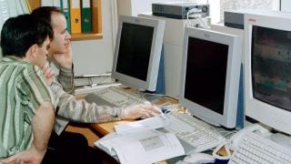 Безплатни курсове за безработни ще провеждат IT фирми