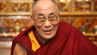 Далай лама с призив към Европа да спре да се кара за пари