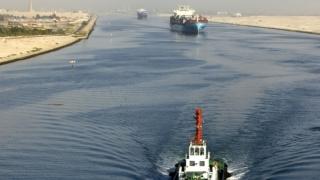 Завърши изграждането на новия Суецки канал