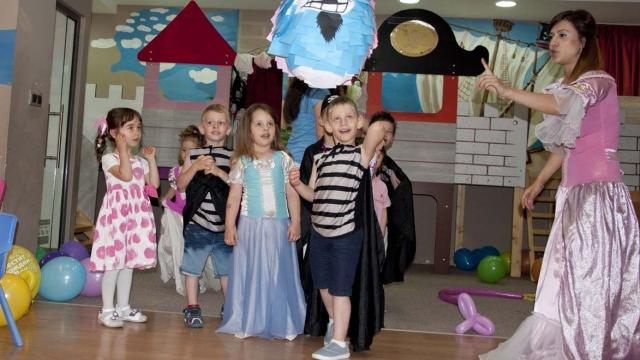 Във всички бургаски детски градини ще се изучава английски език