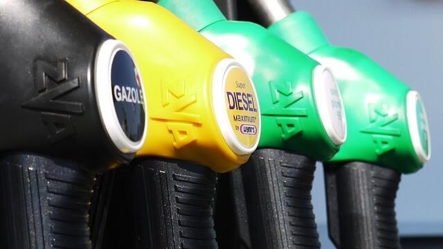 Ще зареждаме бензин през банкомат