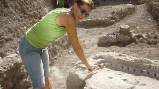 Античен императорски храм откриха в центъра на Стара Загора