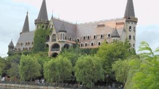 Вятърът над един замък край Созопол носи скрито послание