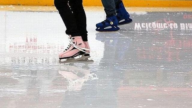 Безплатно  учат варненчета да карат кънки на лед