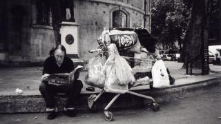 Раздадоха 100 фотоапарата на бездомници в Лондон