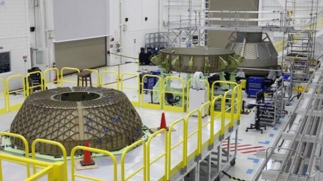 Боинг откри завод за космически кораби
