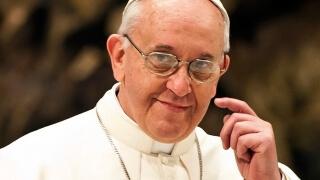 Ватиканът дава убежище на две семейства бежанци