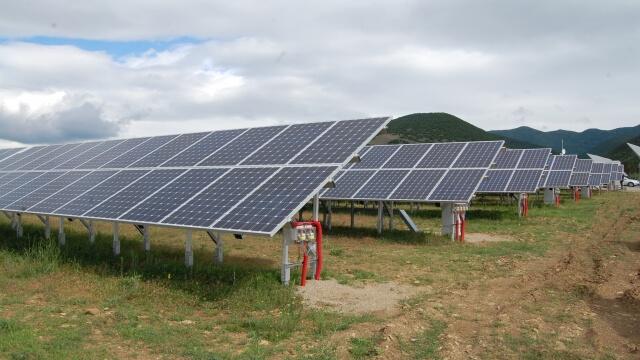 Откриват соларен парк с размери на 35 футболни игрища